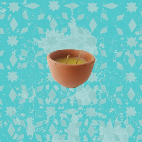beeswax chai cup candle