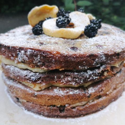 apple and blackberry cinnamon custard cake